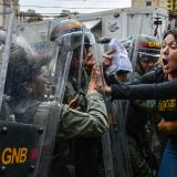 Máxima tensión por marchas de chavismo y oposición