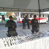 105 armas blancas incautadas durante operativo de Policía en mercado de Barranquillita