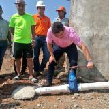 Habitantes del Sur de Santa Marta, con agua directa