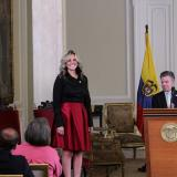El presidente Juan Manuel Santos y los dos nuevos funcionarios.