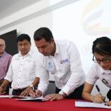 Firman convenio para mejorar 300 viviendas en Mocoa