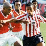 El exdelantero Darwin Araujo, en su paso por Junior, en un partido frente al Envigado FC.
