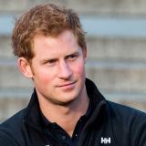 Príncipe Harry dice que en su familia nadie quiere ser rey