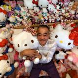 Un expolicía es el dueño de la colección de Hello Kitty más grande del mundo
