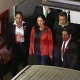 Ollanta Humala y su esposa Nadime cuando ingresaban al Palacio de Justicia.