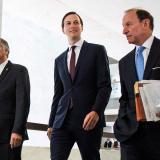 Yerno de Trump aceptó contactos con rusos, pero negó colusión