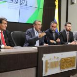 Roy Barreras y Armando Benedetti (centro), militantes del Partido de la U.