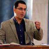 Maduro nombra a Jorge Arreaza nuevo canciller de Venezuela