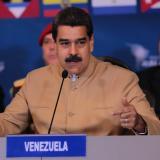"""Maduro propone """"diálogo"""" con países que le acusan de quebrar orden democrático"""