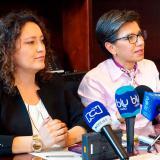 Las senadoras Angélica Lozano y Claudia López.