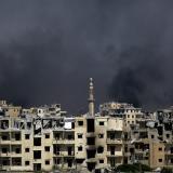 Ataques de coalición dirigida por EEUU dejan decenas de muertos en Siria