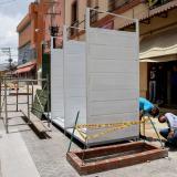 Comienza instalación de mobiliario para vendedores en zonas de peatonalización