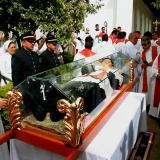 Víctimas y beatos: Francisco y las heridas de la guerra en Colombia