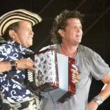 Carlos Vives con su acordeonista Egidio Cuadrado.