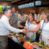 Santos anuncia más facilidades para comprar vivienda