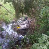 Vehículo se sale de la vía y cae en un jagüey: dos muertos