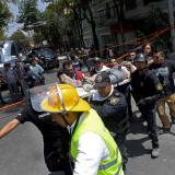 Impresionantes videos registran caída de edificios tras sismo en México
