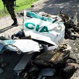 La patrulla en la que se movilizaban los seis uniformados quedó destruida en su totalidad.
