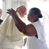 Las promesas a Lorenza, tras la visita del Papa