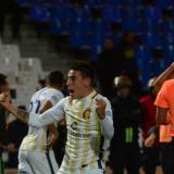 Mauricio Martínez festeja el tanto de la victoria.