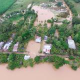 El boquete del río Sinú aumenta de tamaño y sigue inundando