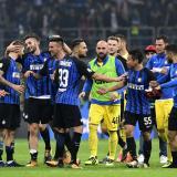 Con tripleta de Icardi, el Inter gana el derbi ante Milan
