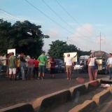 Habitantes de Las Gaviotas reclaman puente peatonal