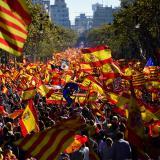 Miles de catalanes marchan a favor de la unidad de España