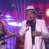"""J Balvin sorprende con """"Mi gente"""" en The Ellen Show"""