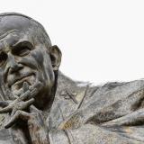 Estatua de Juan Pablo II crea discordia en pueblo francés
