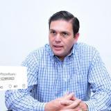 El precandidato Juan Carlos Pinzón da su número telefónico, pero no contesta