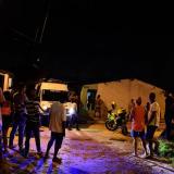 De dos balazos matan a joven en la puerta de su casa en Soledad