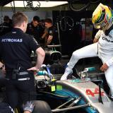 A punta de pistola atracan al equipo Mercedes en GP de Brasil