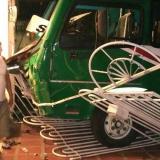 Bus de Sobusa choca de frente contra casa en Chiquinquirá