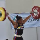 Mercedes Pérez le regala una plata a Santa Marta en pesas