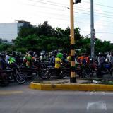 Mototaxistas protestan por restricciones y cierran las vías en Cartagena