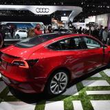 SpaceX confirma los planes de Musk de enviar un Tesla al espacio