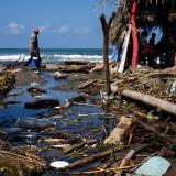 Basuras invaden las playas  del corregimiento de Salgar