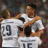 Los jugadores de Independiente festejan el título.