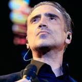 Alejandro Fernández es grabado cantando otra vez borracho
