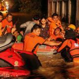 Al menos 133 muertos deja tormenta tropical en sur de Filipinas