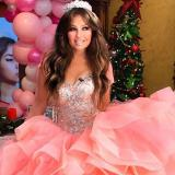 Thalía envía saludo navideño y su rostro deja sorprendidos a sus fans