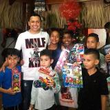Jorgito Celedón alegró la Navidad de los niños en Villanueva