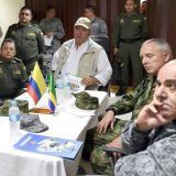 El ministro de Defensa, Luis Carlos Villegas (C), durante el consejo de Seguridad.