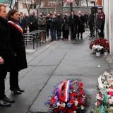Emmanuel Macron y Anne Hidalgo en homenaje frente a Charlie Hebdo.