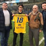 El volante Carlos Alberto Uhía Torrado, de 18 años, es presentado por el Royale Union Saint-Gilloise.