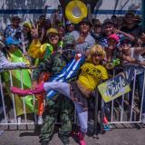 El 'Chicle' posa junto a 'Fidel Castro', con el público de la Vía 40.