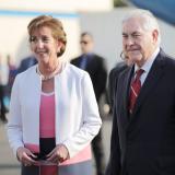 La embajadora de EEUU en México, Roberta Jacobson, con Rex Tillerson, secretario de Estado.