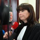 La abogada de los demandantes, Sandrine Joinau-Dumail, en la corte de Burdeos, antes de la audiencia de apertura del juicio de Ramona Cañete.