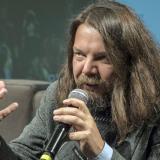 El escritor italiano Matteo Strukul, galardonado con el Premio Bancarella.